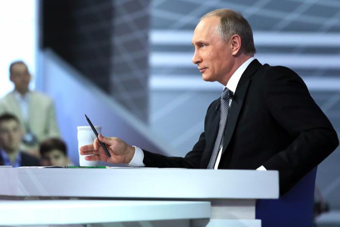 Путин предложил совместить в Исаакиевском соборе музей и храм
