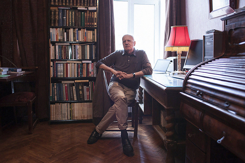 Как петербургский германист доказал, что стал жертвой политических репрессий. История Константина Азадовского, который два года провел на Колыме