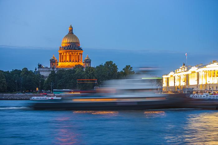 Основание Петербурга и смерть Есенина: пройдите тест и узнайте, как хорошо вы знаете городские легенды