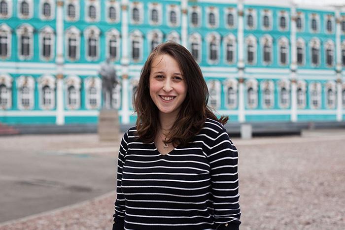 Американка Джулия Пантер — опетербургском метро, хачапури иотом, как становится немного русской