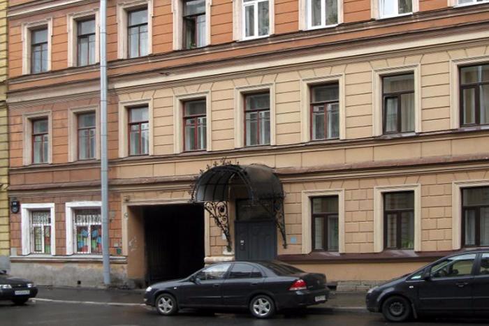 Петербуржец собрал истории всех жильцов своего дома, умерших в блокаду