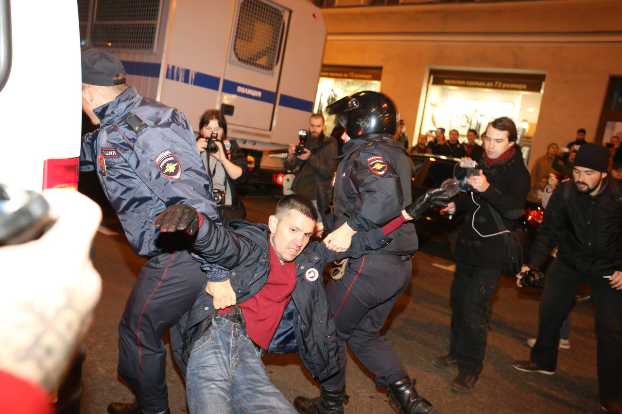 Как прошел митинг в поддержку Навального в Петербурге. 23фотографии — от Марсова поля доплощади Восстания