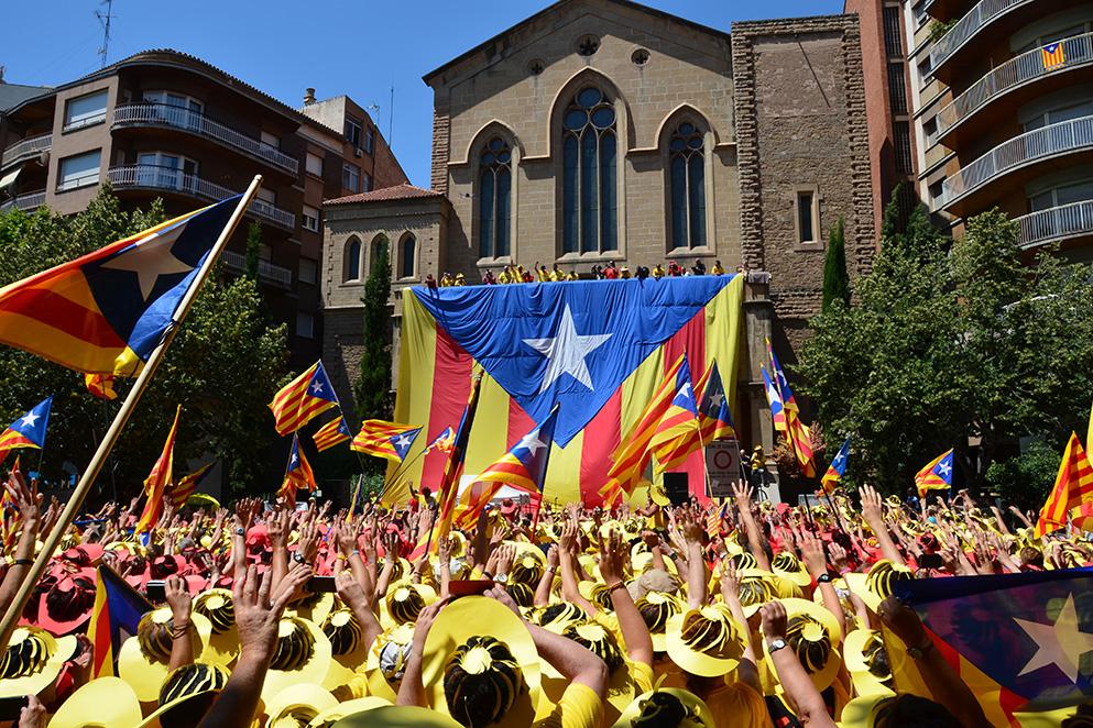 Что приводит к сепаратизму ипочему Каталония требует независимости, а Британия вышла из Евросоюза? Рассказывает политолог