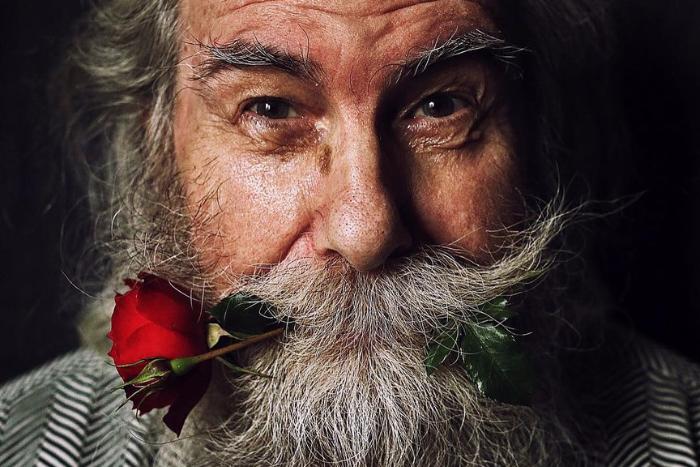 #ДедушкаБорисъ: петербургский фотограф создала фотопроект оборьбе ее 80-летнего дяди сраком