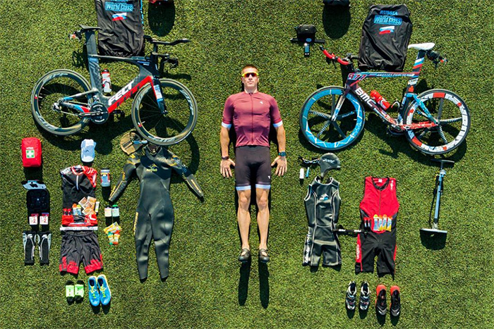 Плыть, бежать и ехать на велосипеде по 15 часов в сутки. История первого россиянина, прошедшего экстремальную дистанцию в 1000 км за 5 дней