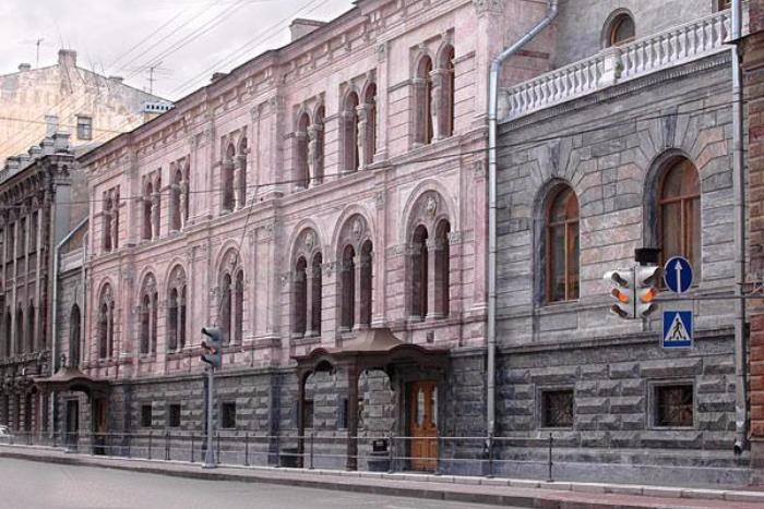 Арбитражный суд признал законным выселение Европейского университета из особняка Кушелева-Безбородко