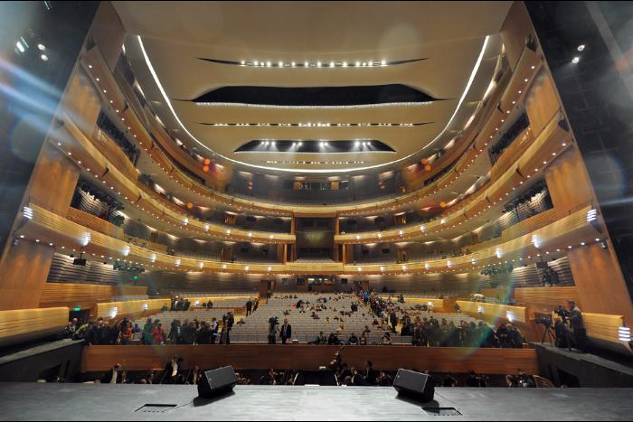 Валерия Гергиева и оркестр Мариинского театра номинировали на «Грэмми». Хворостовского выдвинули на премию посмертно