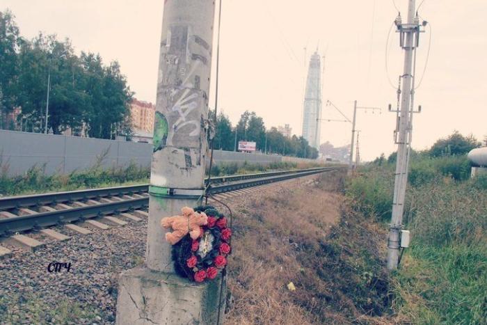 В Петербурге завели уголовное дело из-за железнодорожного перехода, на котором с начала года погибли семь человек