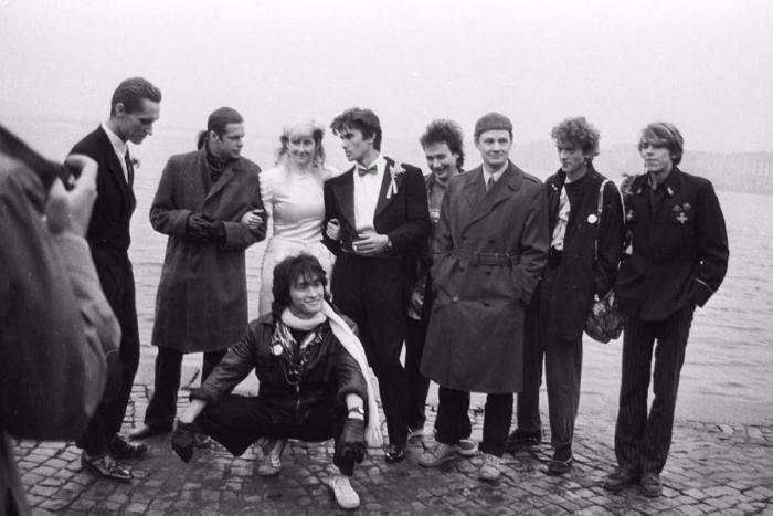 Цой, Гребенщиков и Сергей Африка на свадьбе Джоанны Стингрей и гитариста «Кино» 30 лет назад