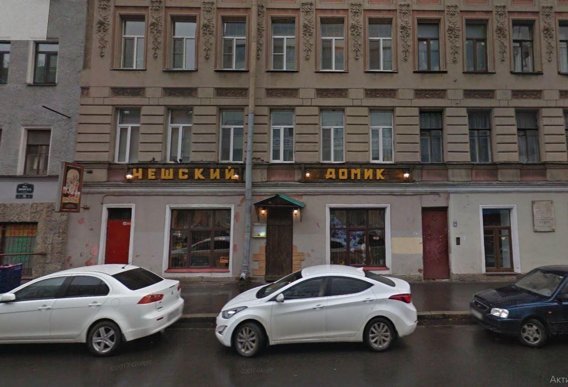 В петербургском кафе пенсионеров кормят бесплатными обедами и предлагают другим заведениям присоединиться. Акцию придумали случайно — для пожилого посетителя
