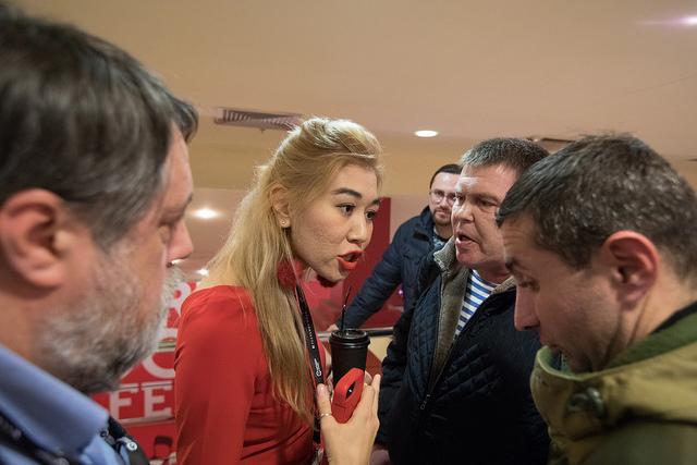 На показ фильма про войну в Украине на «Артдокфесте» пришли сторонники сепаратистов. И пригрозили «серьезными проблемами»