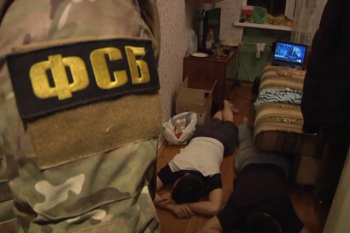 План взорвать Казанский собор и связь подозреваемых с «Исламским государством». Что известно о попытке теракта в Петербурге и кого за нее арестовали