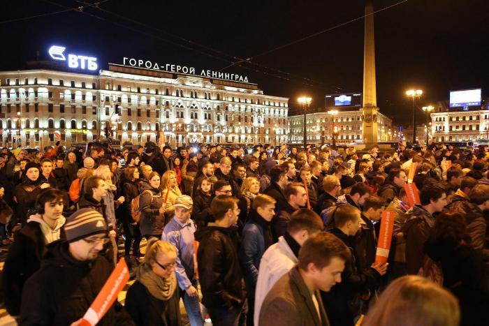 Преподавателям петербургских вузов и ученикам школ разослали тест на знание закона о митингах