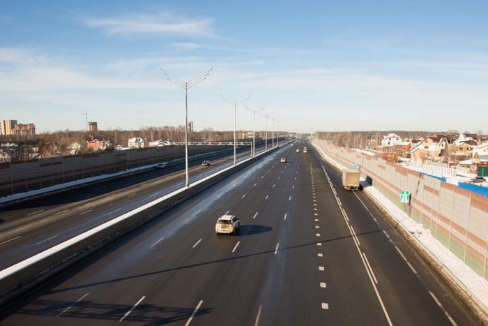 Проезд по новой трассе Москва — Петербург будет стоить 2 тысячи рублей