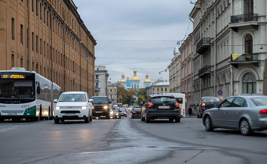 Семь машин, которые выпускают в Петербурге, вошли в топ самых популярных автомобилей России
