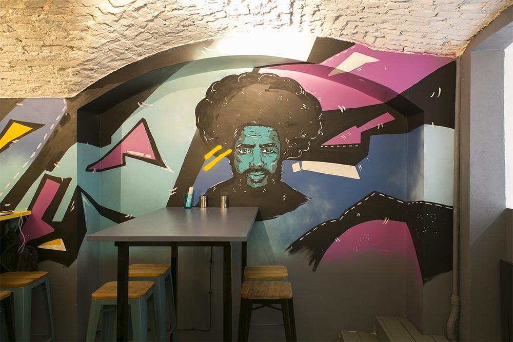 Это кафе Flat&Wide с 9 видами лазаньи! Кто его придумал и каково это — делать заведение с монокухней в Петербурге?