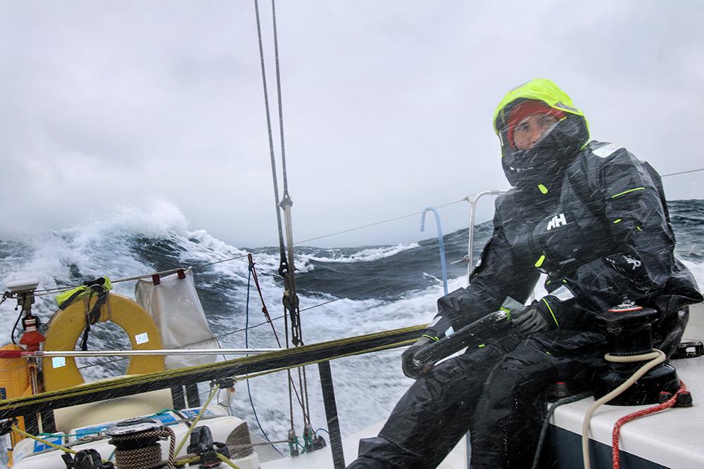 Пройти на яхте всю Атлантику, выдержать в шторме три дня и три ночи и установить мировой рекорд. История петербурженки Ирины Грачевой