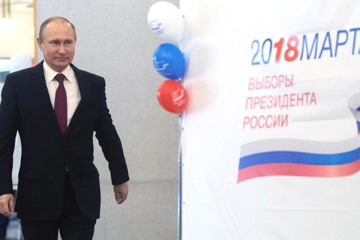 Комиссия Совета Федерации обвинила «Медузу», «Радио Свобода» и еще 10 СМИ во вмешательстве в президентские выборы