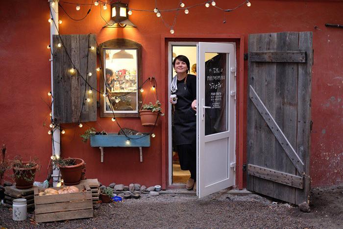 Секретный бар в подсобке наРубинштейна имикрокофейня скотами: как устроены кафе Петербурга площадью 10 кв.м