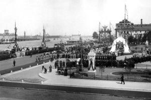 Как праздновали День города, когда Петербургу исполнялось 100, 200 и 250 лет? Фотографии и воспоминания петербуржцев