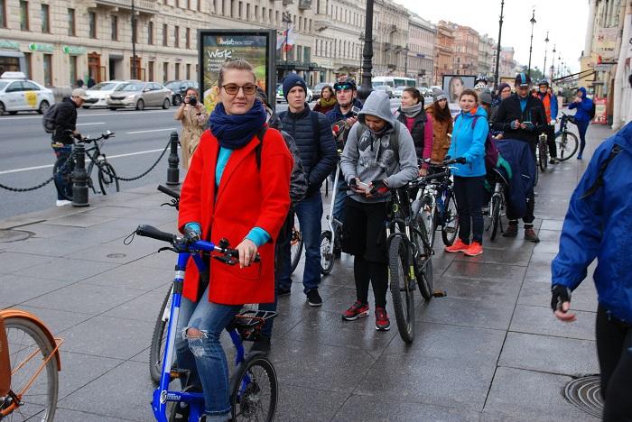 На акции «На работу на велосипеде» будут наливать бесплатный кофе и поставят вертикальную кровать