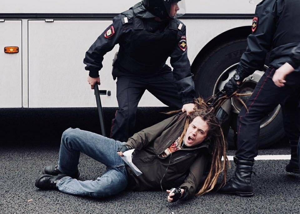 задержание Алексея Белозёрова
