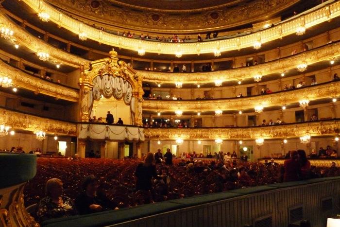 На фестивале «Звезды белых ночей» в Мариинском театре выступят Нетребко, Эйвазов и Дебарг