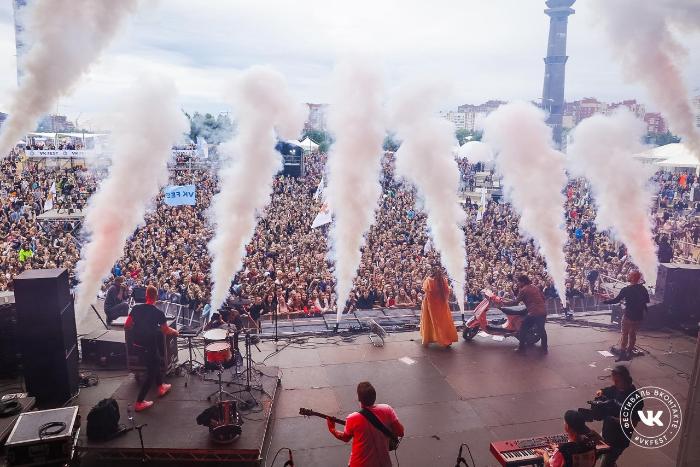 VK Fest объявил лайн-ап. На фестивале выступят Little Big, Гречка, Noize MС и Монеточка