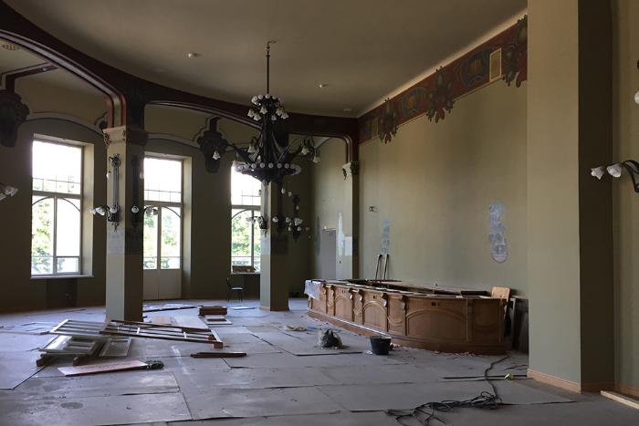 Заброшенный ресторан в стиле модерн на Витебском вокзале откроют после реставрации до конца 2018 года