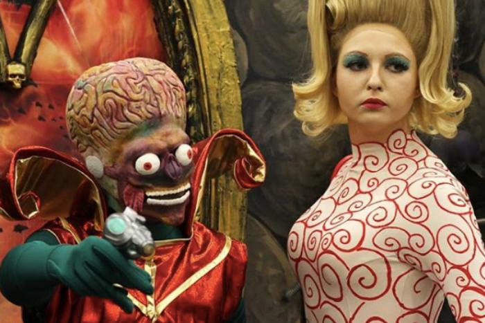 В Петербурге проходит фестиваль фантастики «Старкон». 15 фотографий участников — в костюмах «Мстителей», марсиан и джедаев