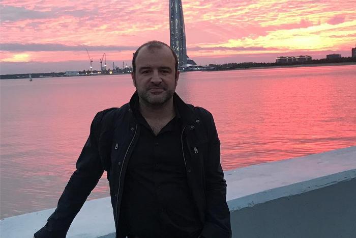 Итальянский журналист Танкреди Палмери — о сравнении Петербурга с любимой женщиной, «ночных животных» Думской и энергетике петербуржцев