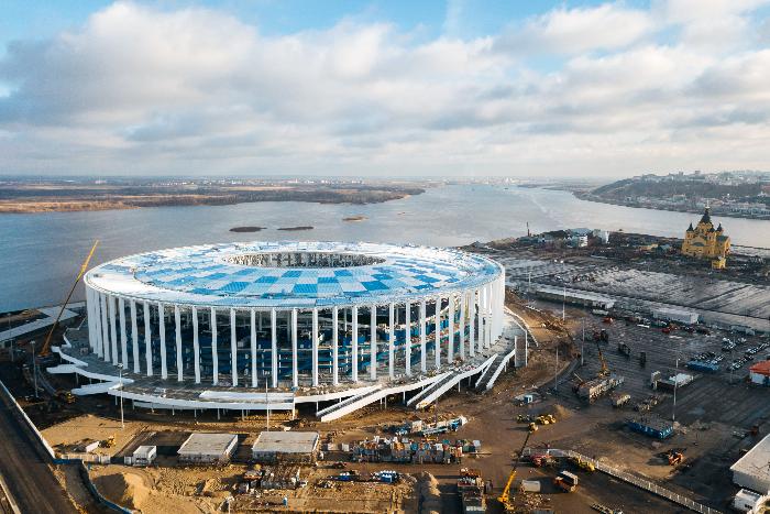 «Новая газета» рассказала о петербургских охранниках стадиона в Нижнем Новгороде, которые остались без зарплаты после ЧМ и не могут вернуться домой