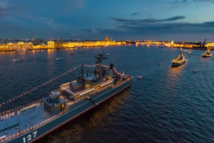Во время репетиций Дня ВМФ из-за разведения мостов проезд по центральному участку ЗСД будет бесплатным