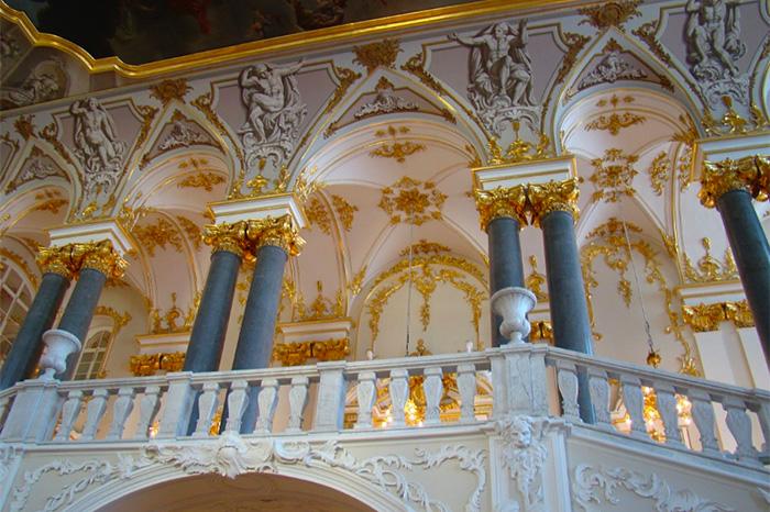Как арендовать дворец или особняк в Петербурге, чтобы не было проблем