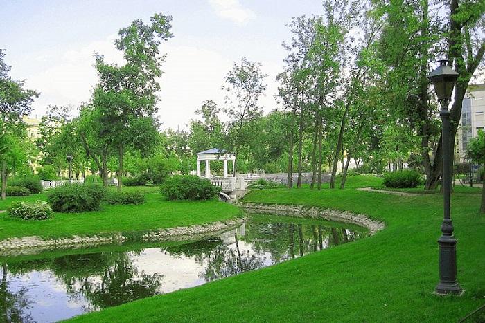 Семь секретных садов в центре Петербурга, где вы наверняка не были