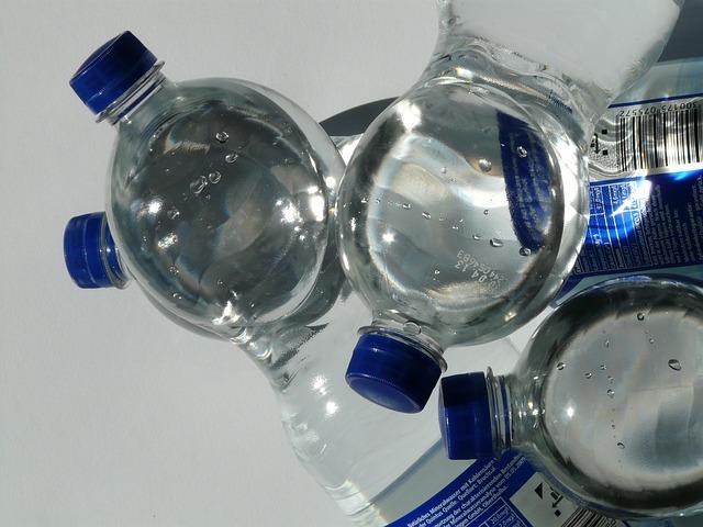 «Ночлежка» проводит акцию по сбору питьевой воды для бездомных