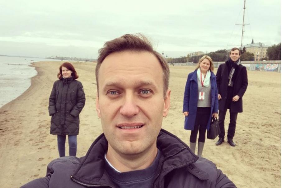 Правительство России выплатило Алексею Навальному компенсацию за дело «Ив Роше»