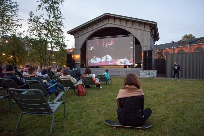 Где бесплатно посмотреть кино вПетербурге? Показы под открытым небом и арт-хаус в галерее
