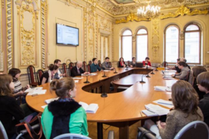 Европейский университет отложил прием студентов. Вуз пока не получил оригинал лицензии