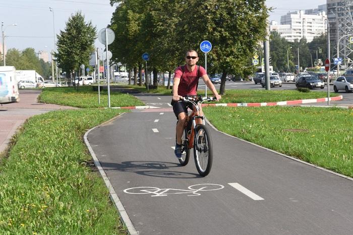 К ноябрю в Петербурге появятся две новые велодорожки