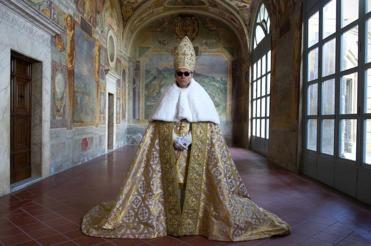 Второй сезон сериала «Молодой папа» выйдет в ноябре 2019 года