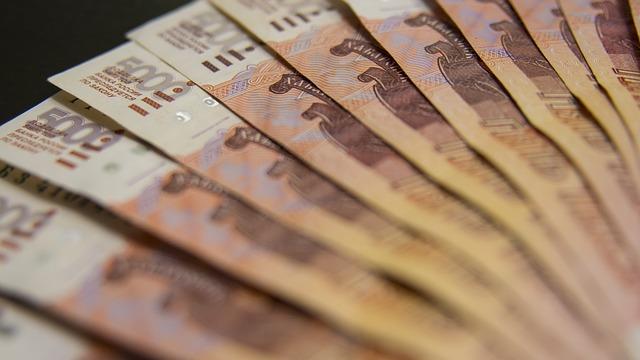 Правительство предлагает резко увеличить бюджетные расходы на материальную мотивацию чиновников