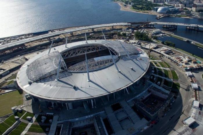 Болельщики признали арену на Крестовском острове лучшим стадионом России