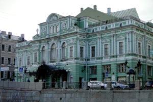 СК возбудил дело о злоупотреблении полномочиями при реконструкции БДТ, пишет «РБК»