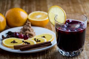 Какое вино подходит для глинтвейна и как его правильно сварить? Главное об осеннем напитке