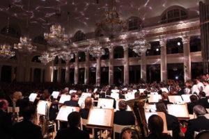 Как слушать классическую музыку и не заскучать на концерте? Рассказывает музыковед