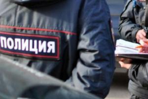 Петербургские полицейские сами вызвали себя на рейд против гастарбайтеров, забрали у фирмы технику и требовали за нее деньги. Им дали условные сроки