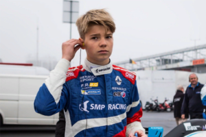 19-летний петербуржец Роберт Шварцман занял третье место в своем дебютном сезоне в «Формуле-3»