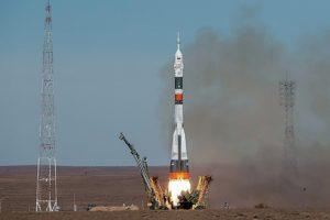 При запуске ракеты «Союз» произошла авария. Космонавты приземлились в Казахстане