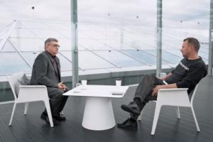 На канале «Ещенепознер» вышло интервью с Сокуровым — о Монеточке, Тарковском и фильме «Лето»